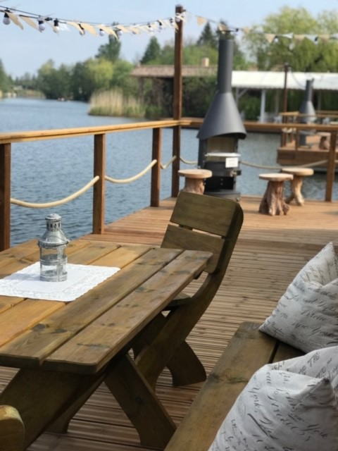 Iglu Camp Sitzplatz
