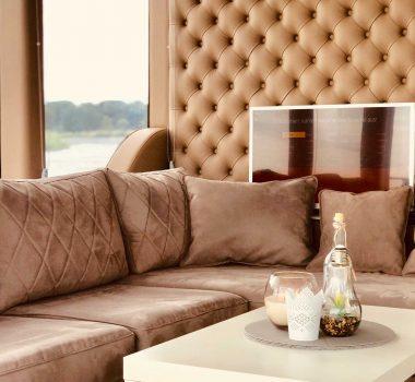 Hausboot Sofa
